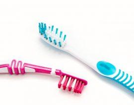 Siamo sicuri che lo spazzolino da denti sia pulito quando lo utilizziamo?