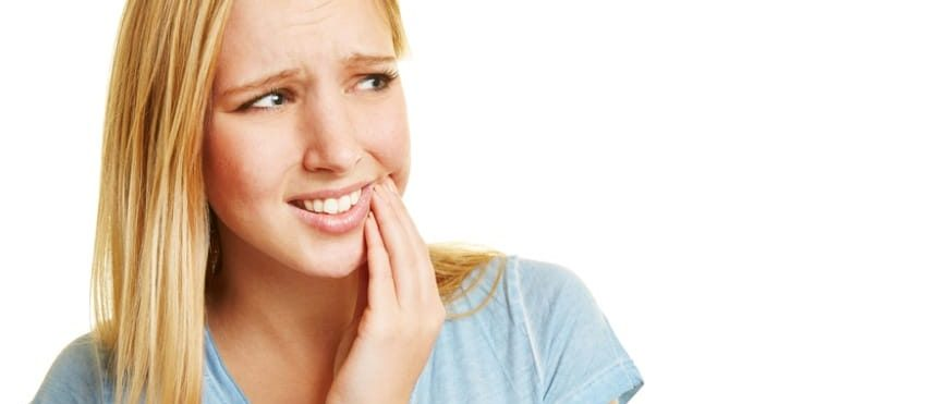 Denti sensibili: cause e trattamento